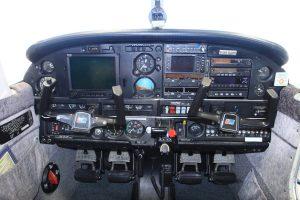Cockpit du Piper PA28
