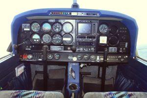 Cockpit du Robin DR400